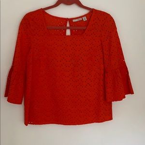 Halogen eyelet top
